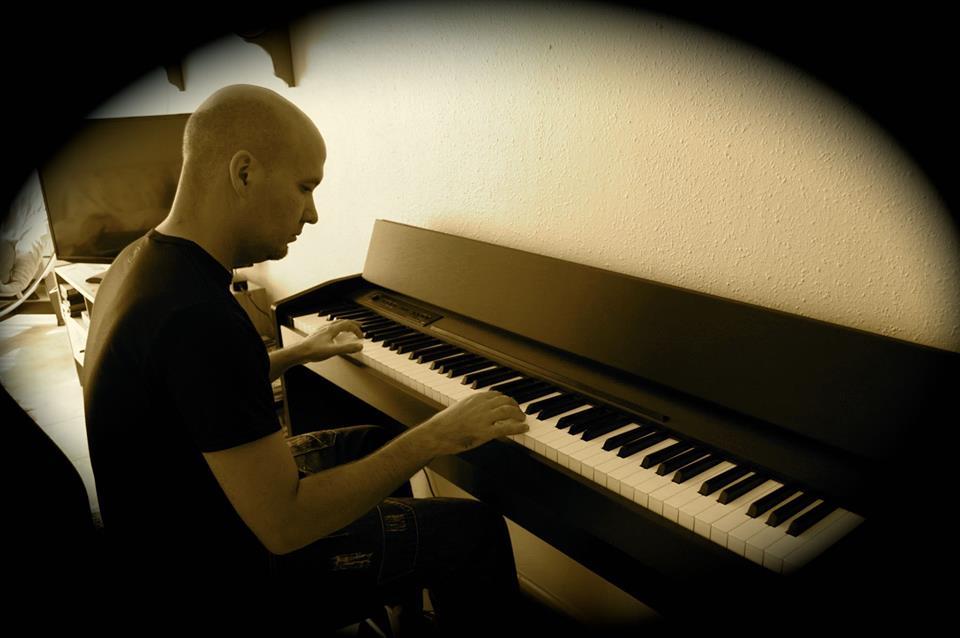 SERGIO PIANO